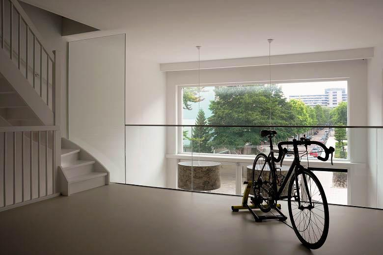 garde corps en verre pour loft luxe