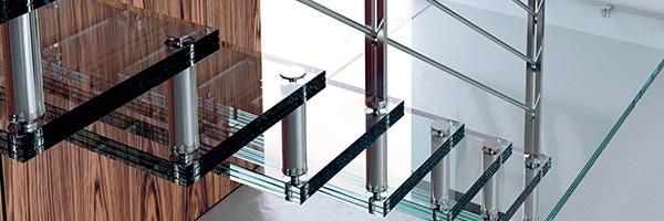 marches en verre pour escalier