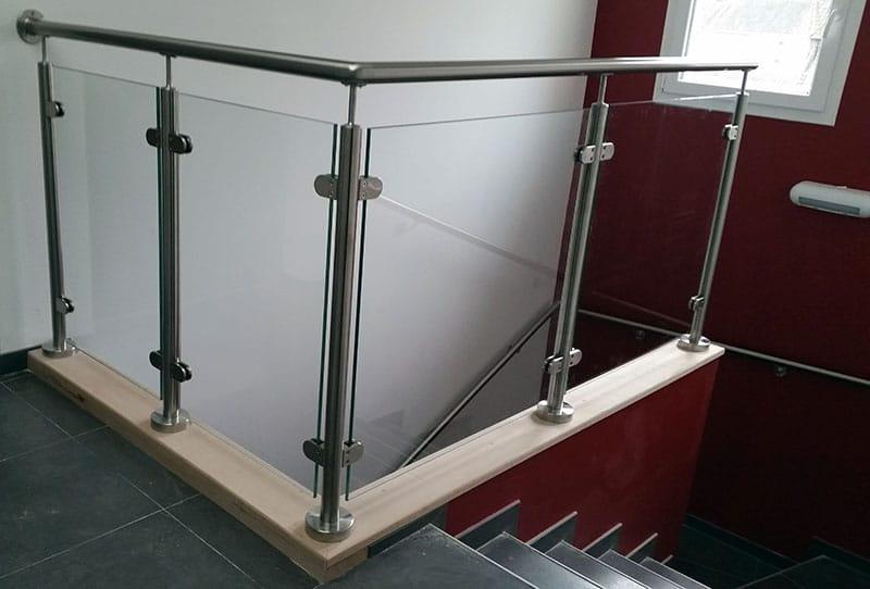 garde corps en verre sur mezzanine