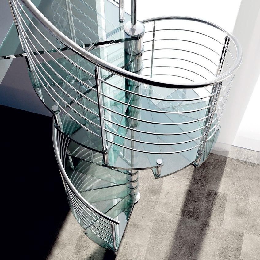 Escalier colimaçon en verre et garde-corps inox