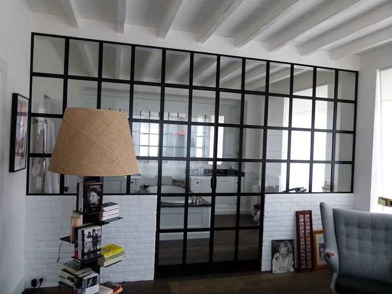 verri re salle de bains un style atelier pour votre salle de bain divinox. Black Bedroom Furniture Sets. Home Design Ideas