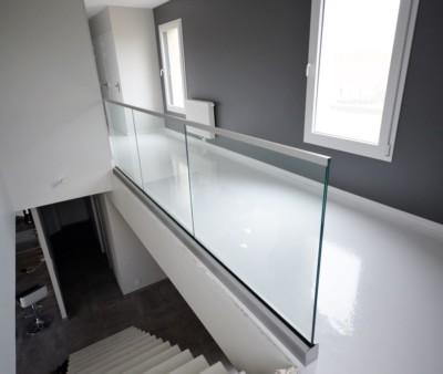 Profil Réglable en verre