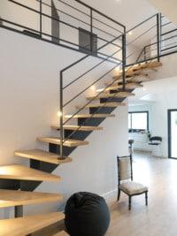 escalier moderne pour habitation de charme. Black Bedroom Furniture Sets. Home Design Ideas