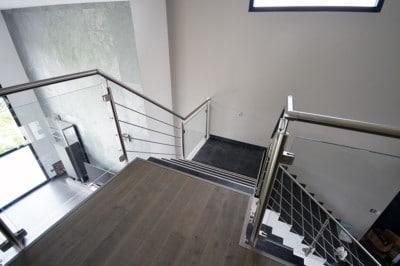 gdc-escalier-arrivée-sur-mezzanine