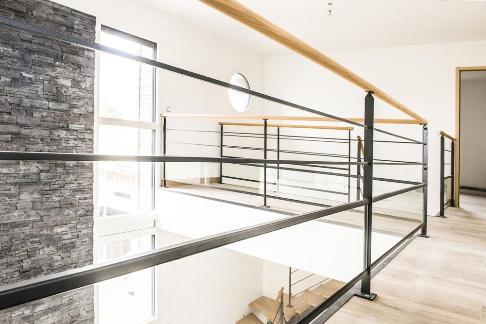 la transparence du verre au profit de votre garde corps divinox. Black Bedroom Furniture Sets. Home Design Ideas