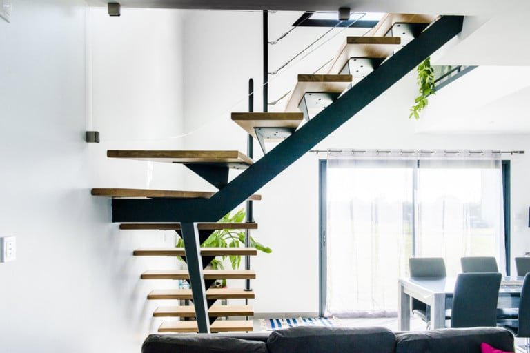 Escalier design sur mesure en normandie toutes nos r alisations - Escalier limon central metal ...