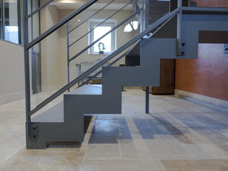 escalier design sur mesure en normandie toutes nos r alisations. Black Bedroom Furniture Sets. Home Design Ideas