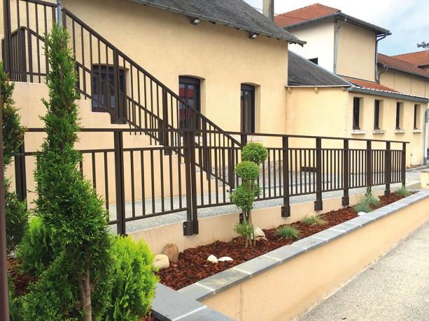 Garde corps alu terrasse exterieure et escalier