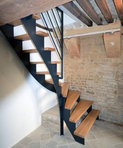 Escalier quart tournant cremaillere acier