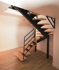 Escalier-limon-central-noir