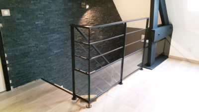 rambarde-acier-noir---verre---mezzanine