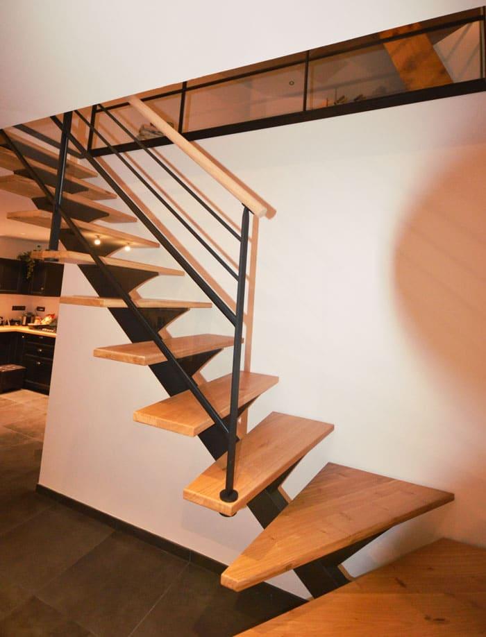 Escalier-limon-central-mc-bois-2