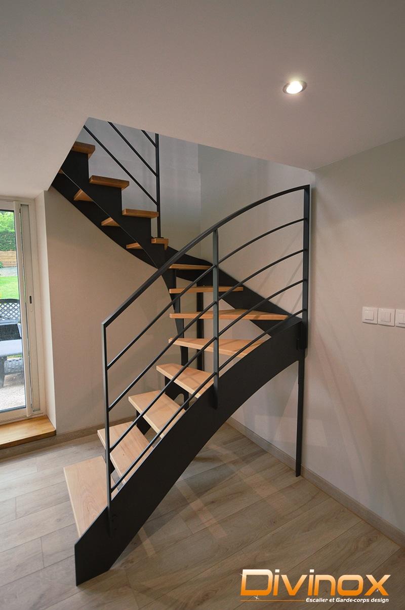 Escalier deux quarts tournant