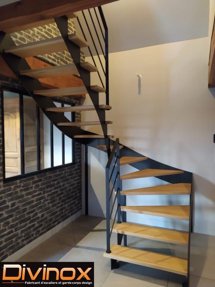 Escalier en acier marches bois