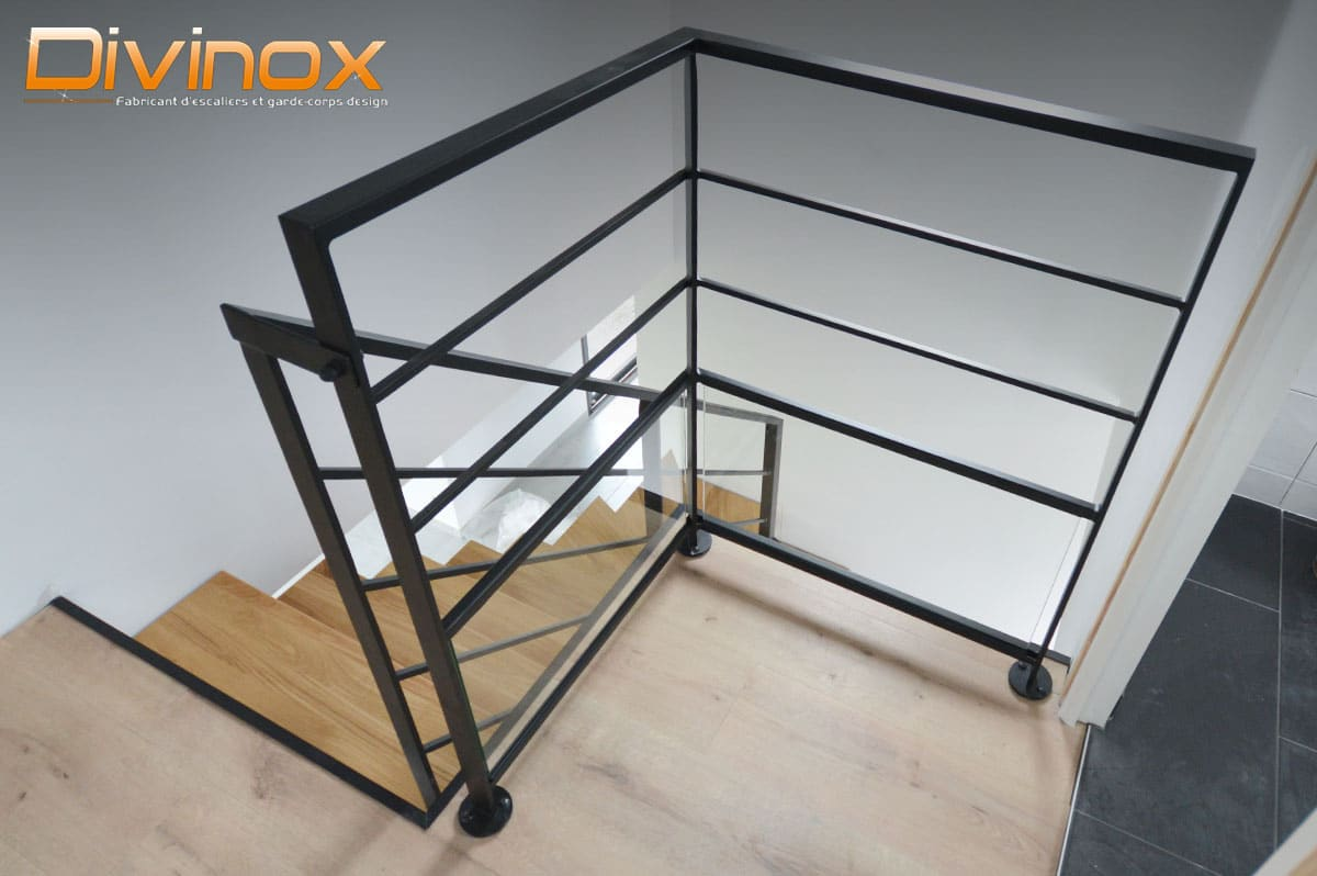 Garde fou palier d'escalier acier