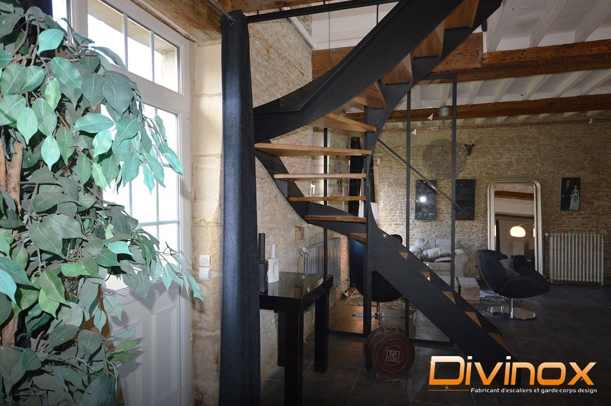 Escalier crémaillère acier et verrière