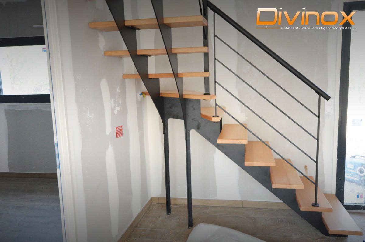 Poteaux de soutènement pour escalier